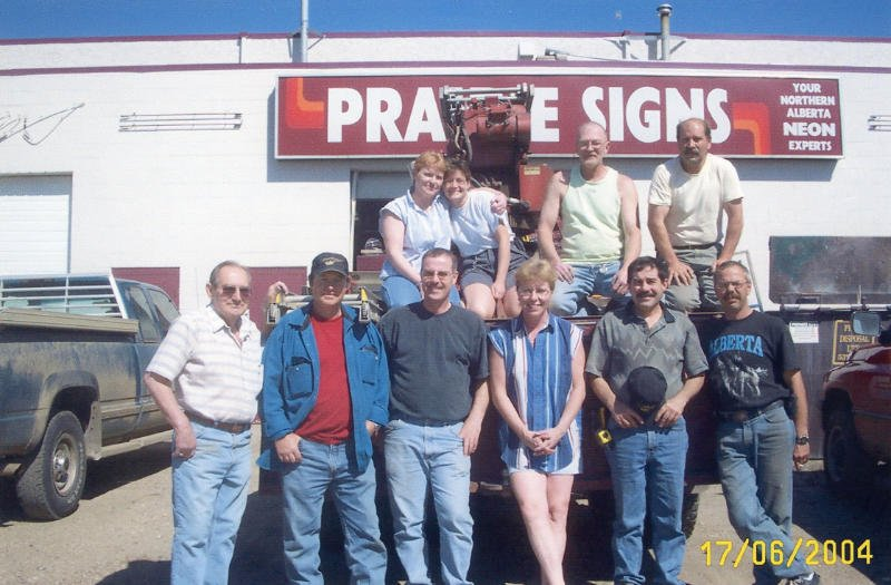 prairie signs team in 2004