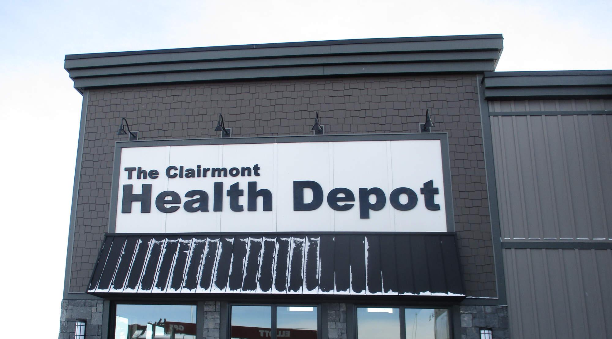 exterior sign - health depot